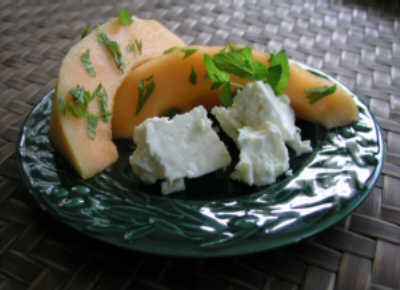 Cantaloupe & White Cheese